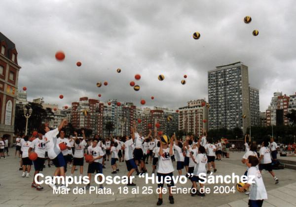 Huevo Sánchez  Album: Campus de Verano 2004  Dimensiones: 600x421