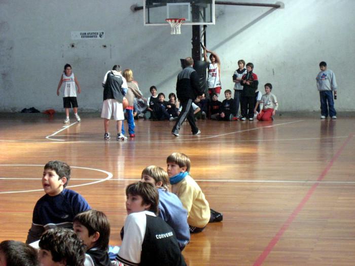 Huevo Sánchez  Los Minis con Diaz Velez  Album: Campus de Invierno 2007  Dimensiones: 700x525