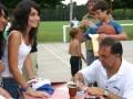 """Huevo Sánchez  Album: Campus Verano 2008  Febrero, día 7. Todos querían la foto del campus autografiada por """"El Huevo""""."""