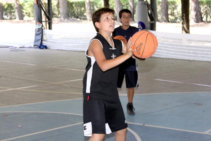 Huevo Sánchez  24 - Enero  Album: Campus de Verano 2009  Dimensiones: 700x466