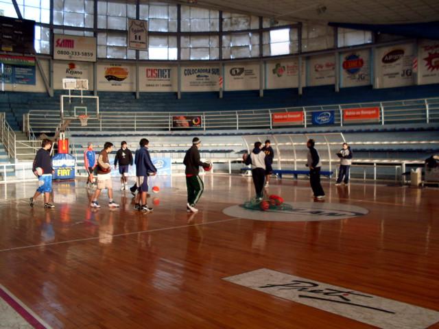 Huevo Sánchez  Bahía Blanca - 2º Día  Album: Campus de Invierno 2009  Dimensiones: 640x480