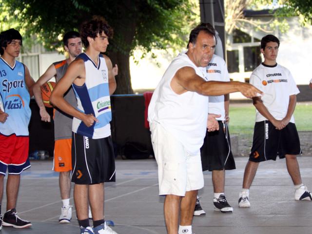 Huevo Sánchez  1º Campus - Día 3  Album: Campus de Verano 2010  Dimensiones: 640x480