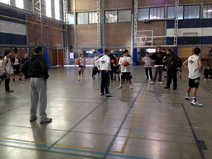 Huevo Sánchez  Rosario 2012  Album: Campus de Invierno 2012  Dimensiones: 720x540