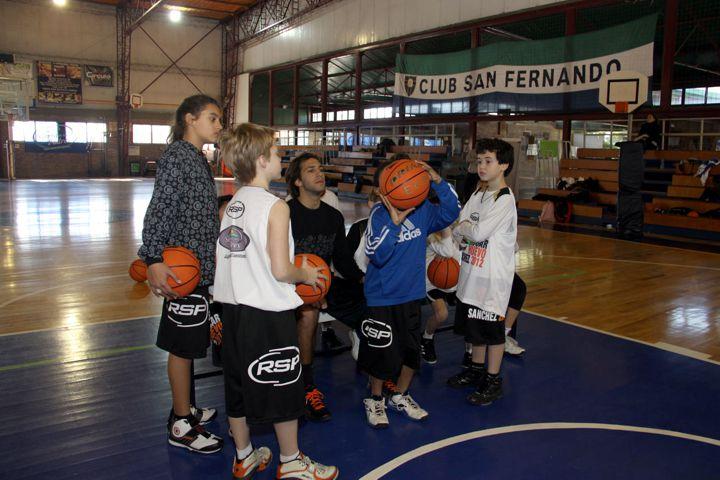 Huevo Sánchez  San Fernando 2012  Album: Campus de Invierno 2012  Dimensiones: 720x480