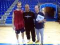 Huevo Sánchez  Album: Euroliga 2008  Con Pepe Sánchez y Tony Bove el traing del Barcelona