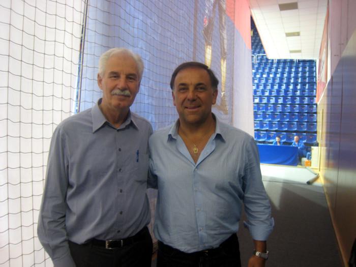 Huevo Sánchez  Con Costas Rigas  Album: Moscú 2012  Dimensiones: 700x525